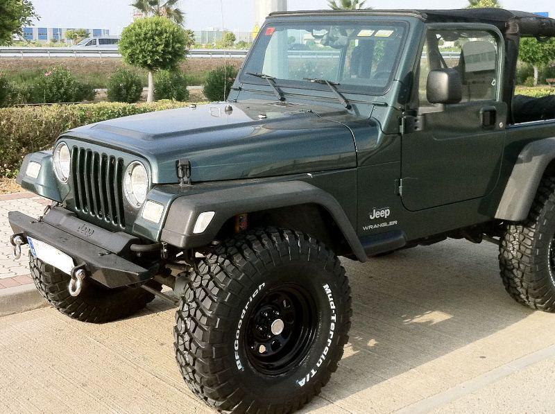 jeep commander off road bumper. Black Bedroom Furniture Sets. Home Design Ideas